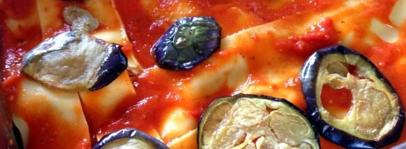 Composizione della lasagna di melanzane