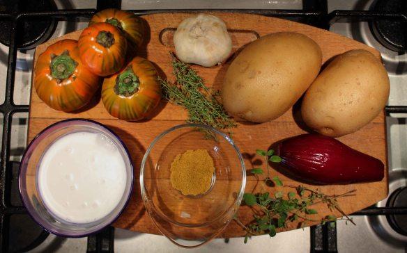 Ingredienti vellutata di patate con melanzane rosse