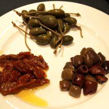 pomodori-capperi-e-olive