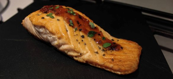 Salmone con zenzero caramellato1